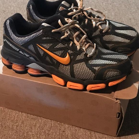 MEN'S Nike Shox Junga Trail Running Shoe sz 10.5